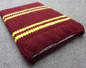Knitted Laptop sleeve Macbook sleeve 13 inch - Harry Potter - Gryffindor Bordeaux Red Golden Yellow