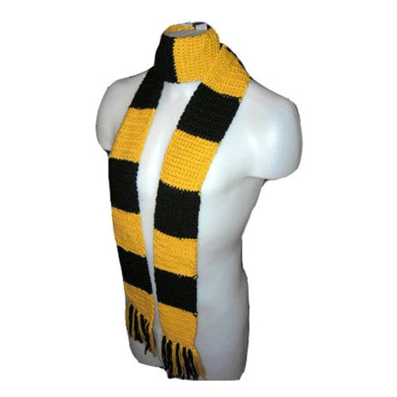 Harry Potter Scarf Hufflepuff Image Mag : il570xN315510063 from imagemag.ru size 500 x 500 jpeg 29kB