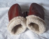 Leather Mittens Lined with Sherpa Fur Size Medium Womens  Beautiful Mahogany Brown On Sale