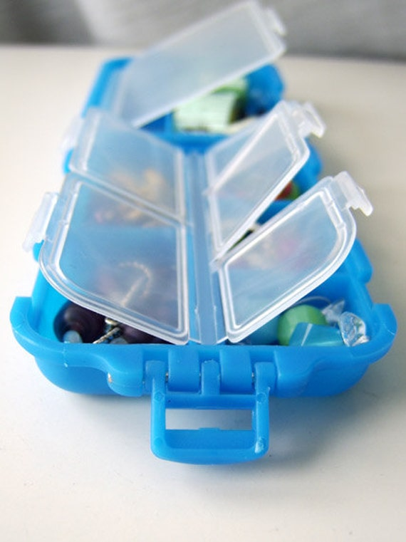 LAST ONES - Snap 'n Go Notions Case - Original - On-The-Go Accessory for Knitters and Crocheters - True Blue
