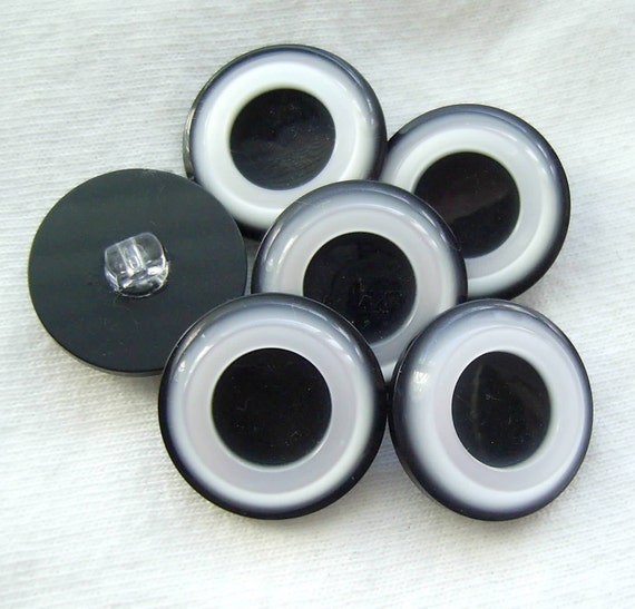 SALE Vintage Plastic Buttons - Set of 6 Black & White Pearlized Lucite w/ Raised Rims