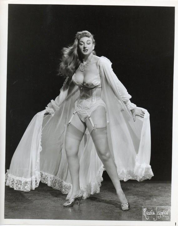 Vintage star sexy farley