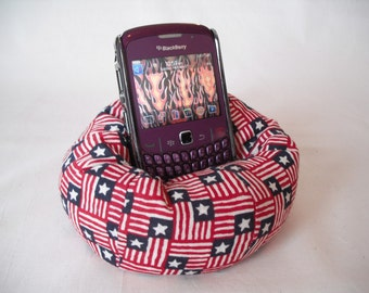 Cell Phone Bean Bag Chair or Kindle Kouch (eReader Rest) Stars and Stripes Red White and Blue