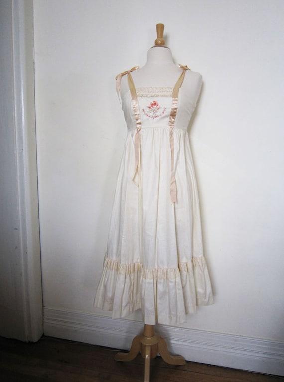 1970s Young Edwardian dress