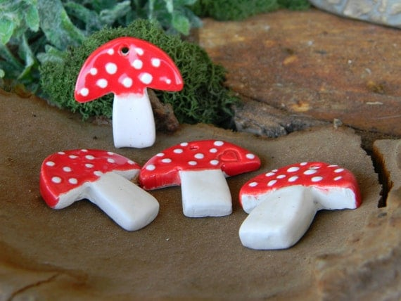 Mushroom Gift Tag  ornaments wedding  Favors or mosaic Tiles   - Set of 4 red glazed ceramic