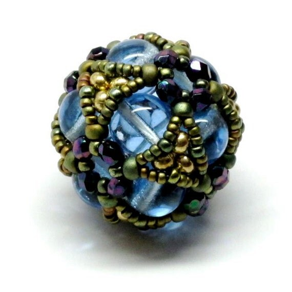 Cube Cluster Beaded Bead in Blue Gold