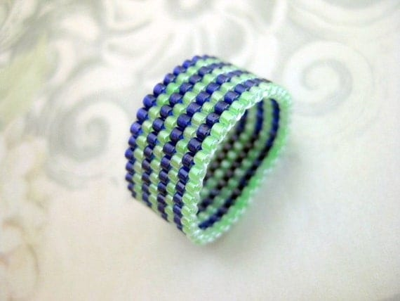Peyote Ring in Blue and Green - size 4, 5, 6, 7, 8, 9, 10, 11, 12, 13 Beaded Band Seed Bead Ring Beadwoven Handmade Striped