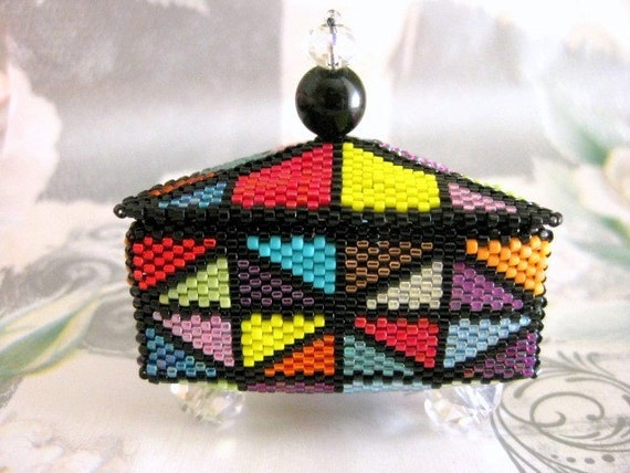 Beaded Jewelry Box  /  Peyote Box / Beadwoven Box /  Handmade Little Box / Seed bead Box