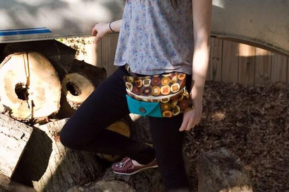 Mod velvet lined belt bag for cycling, mopeds, or other adventurers