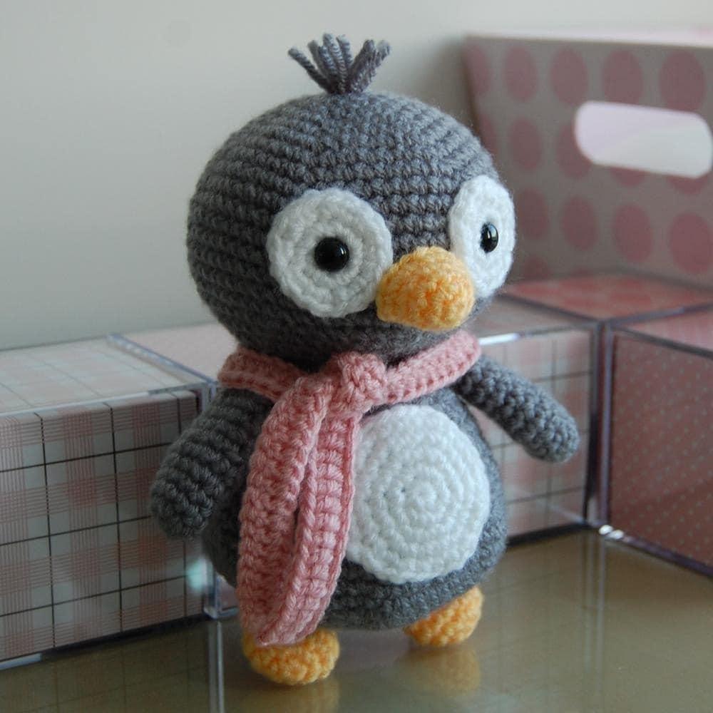Amigurumi Patterns Penguin : Penguin gurumi crochet pattern