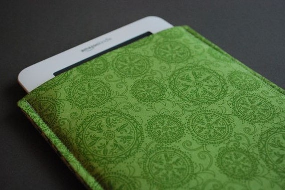 Kindle Paperwhite Case / Kindle Fire HD Case / Kindle Fire HDX Cover / Kindle Voyage Case/ Kindle Touch / Kindle Button - Green Medallion