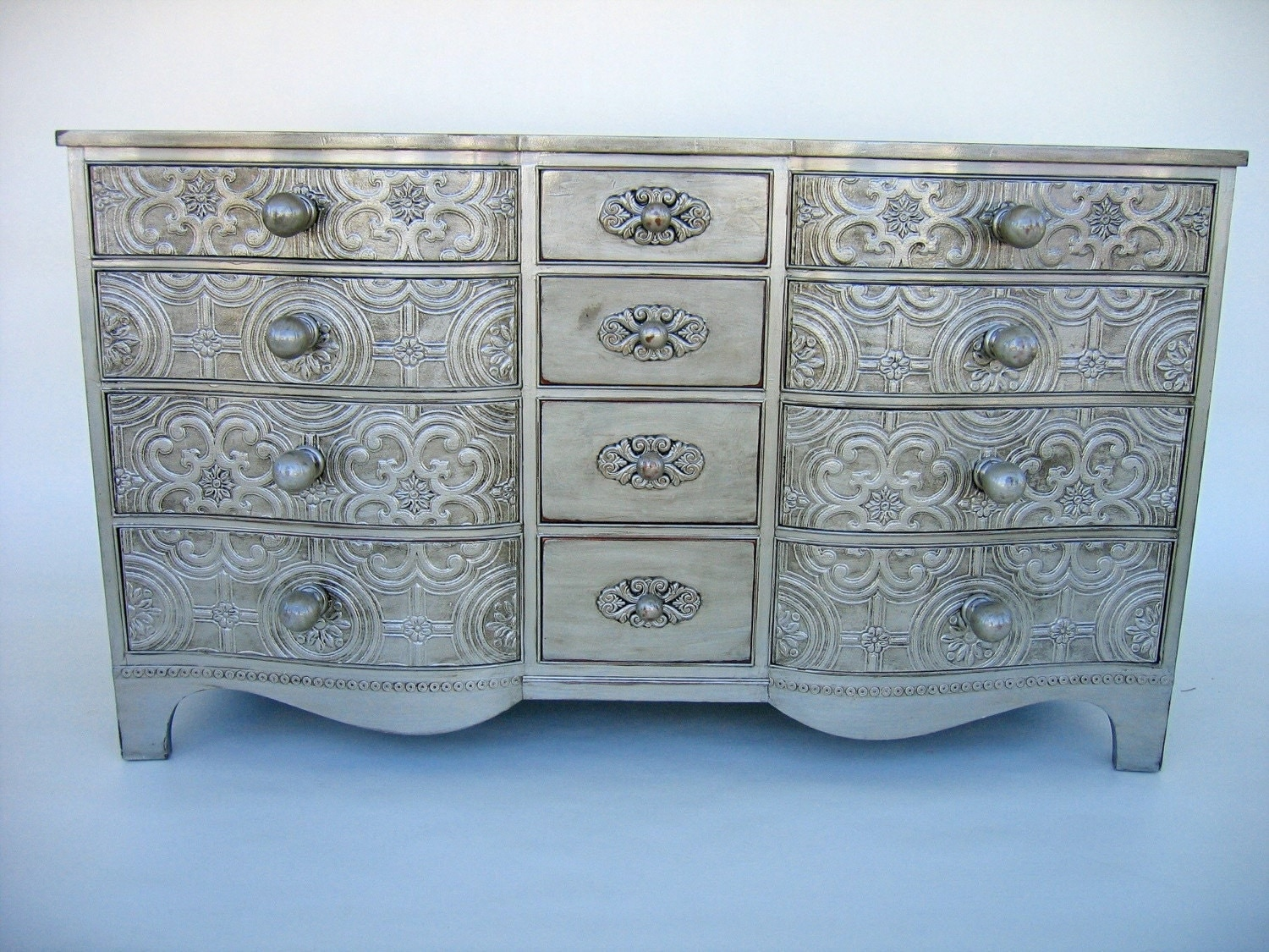 vintage dresser with antique silver finish. Black Bedroom Furniture Sets. Home Design Ideas