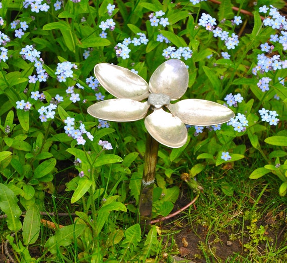 Spoon Flower Garden Art