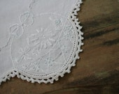 Vintage DOILY - Embroidered Lace Trimmed