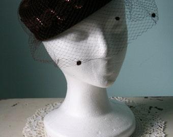 Vintage 1940's / 50's Dark Brown Velvet HAT w Netting Veil