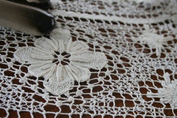 Vintage Small Delicate DOILY
