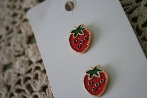 Vintage Strawberry BUTTONS on Card - Lot of 3