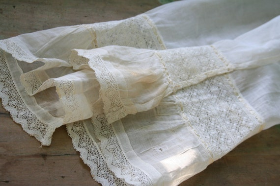 Vintage Early 1900's Sheer Lace APRON