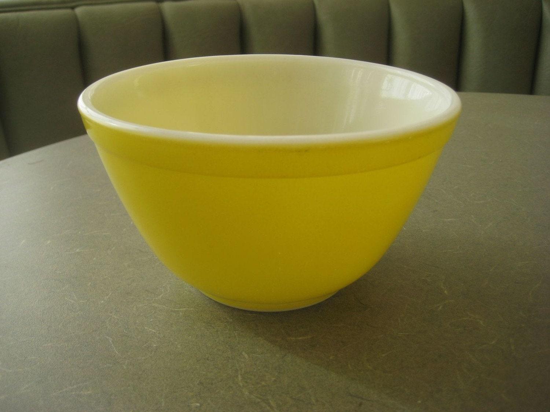 Vintage Yellow Pyrex Bowl Pyrex Glass Mixing Bowl 1 by ...