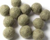 2CM Felt Balls/24-Piece - Heather
