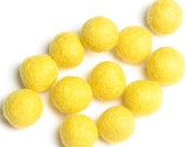 2CM Felt Balls/24-Piece - Lemon Drop