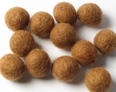 1CM Felt Balls/24-Piece - Fawn