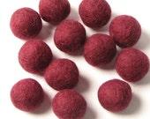 1.5CM Felt Balls/24-Piece - Merlot