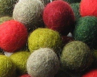 2CM Felt Balls/60-Piece - Retro Mix