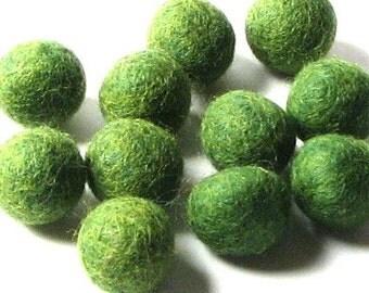 2CM Felt Balls/24-Piece - Green