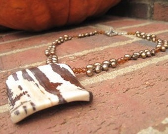 Pearl and Jasper Pendant Necklace