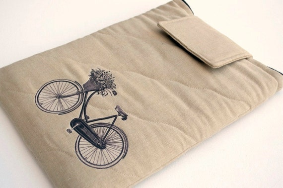 Laptop 14 inch sleeve / Quilted Linen Bicycle with flower basket
