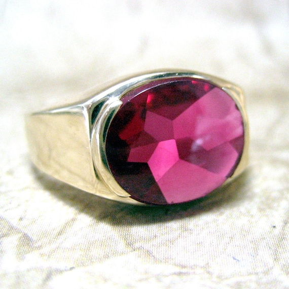 Vintage Mens 10k Gold And Synthetic Ruby Ring Circa