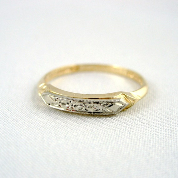 Vintage 14K/18K Gold Wedding Band - Circa 1960's - Mid Century Wedding Ring - Retro Wedding Band - Vintage Jewellery from A Second Time