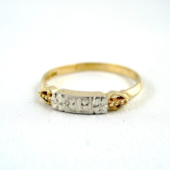 Vintage Wedding Band  Circa 1960's - 14K /18K Gold - Retro Wedding Band - Vintage Jewellery from A Second Time
