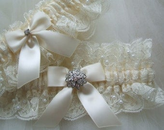 Bridal GarterSet ,Wedding Garter,Heirloom Garter Set,Ivory Lace Garter Set