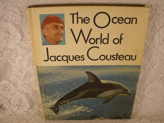 The OCEAN World of Jacques Cousteau - Volume 1 OASIS in SPACE - Vintage Hardback Book
