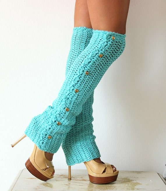 how to put on leg warmers