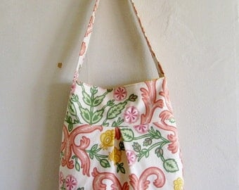 Pleated Shoulder Bag- yellow flowers
