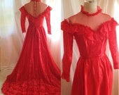 SALE- Vintage Red Victorian Style Dress. Long Train. Ruffle. High Collar. Lace. Buttoned Back. Size Medium. Costume. Vampiress.