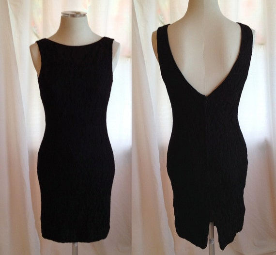Vintage Little Black Dress. Nicole Miller. Lace. Classic. Sexy. Low Back. Size 6. 1980s. Summer. Evening. Cocktail Dress. Formal.