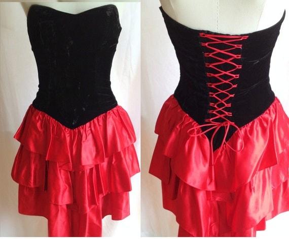 Vintage Black Velvet Strapless Dress. Red Ruffled Sweetheart Boned Bodice. Corset Style. Fishtail. Laced Up Back. Medium. 1980s.