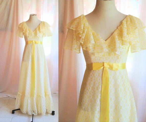 SALE- Vintage Eyelet Lace Long Yellow Dress. Maxi. Ruffled. Southern Belle. Day Dress. Garden Party. Pastel. 1970s. Small. Cotton. Prom.