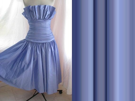 Vintage Purple Taffeta Tulle Strapless Dress. Day Dress. Ruffled. Formal. Lavender. Evening Wear. Prom. Wedding. Bridesmaid.