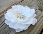 Bridal Flower Clip, White Flower Clip, Wedding Hair Piece, Flower Fascinator, White Gardenia, Rhinestone Crystals, Silk Flower, Bride Hair