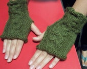 Into the Woods Cabled Fingerless Gloves Pattern