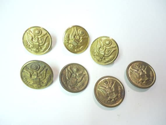 Lot of 7 US Military jacket buttons Waterbury Scovill