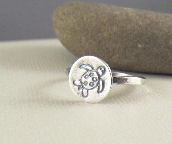 Sea Turtle Ring in Sterling Silver , sea life jewelry, beach jewelry