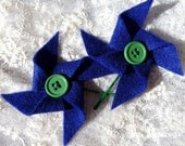 Blue and Green Pinwheel Bobby Pin Set