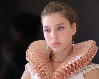 Elizabethan  Ruff  -The SONNET TO DELIA-by CostumeRenaissance