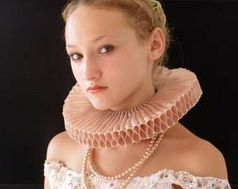 Elizabethan  Ruff
